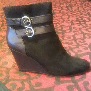 Jaclyn Smith Collection Booties
